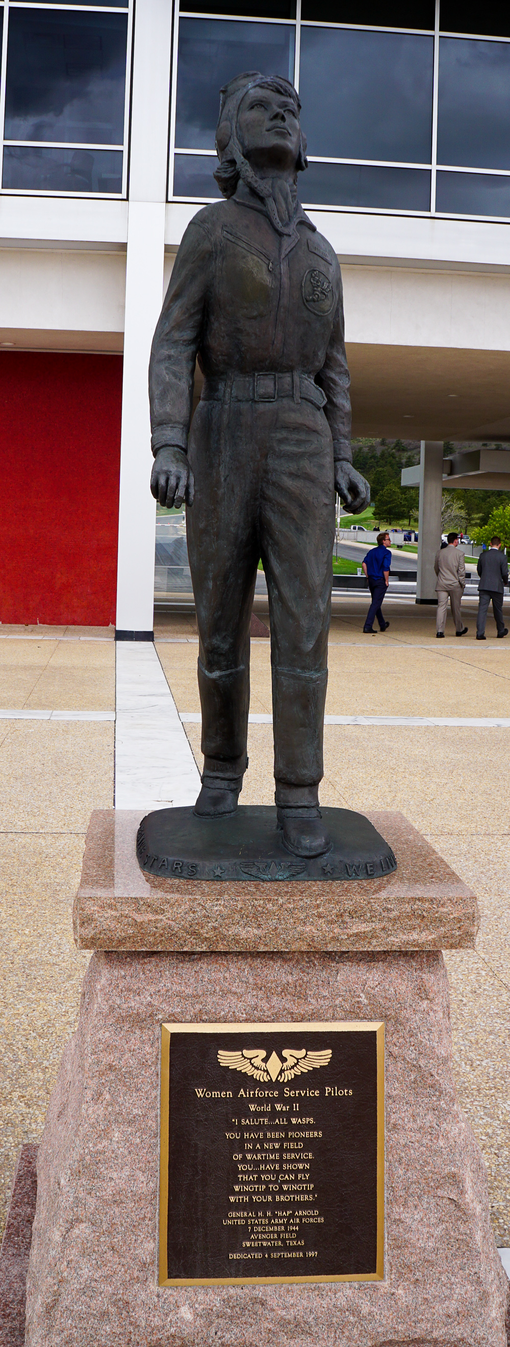 Women Airforce Service Pilot Statue